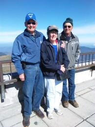 3people on mountain