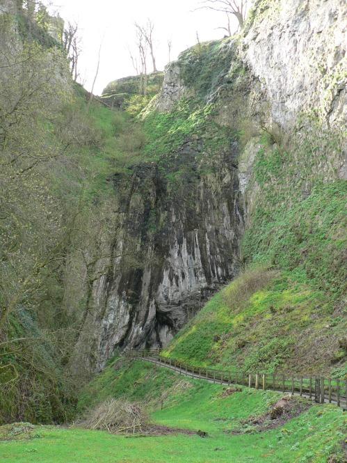 Peak Cavern (1)